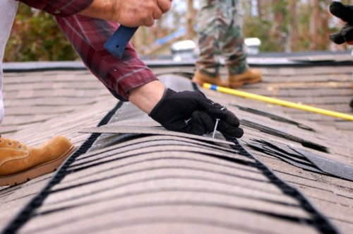 repairman-app-summer-roof-maintenance